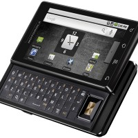 Motorola-Milestone-Android-smartphone-idhp-1