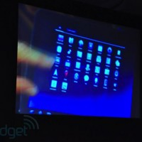 andy_rubin_demo_tablet05