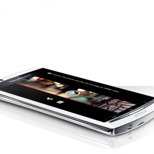 Unlocked Xperia arc S and Xperia neo V now available in U.S.