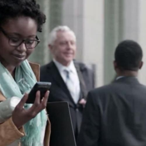 Verizon begins new, friendlier Droid Does campaign