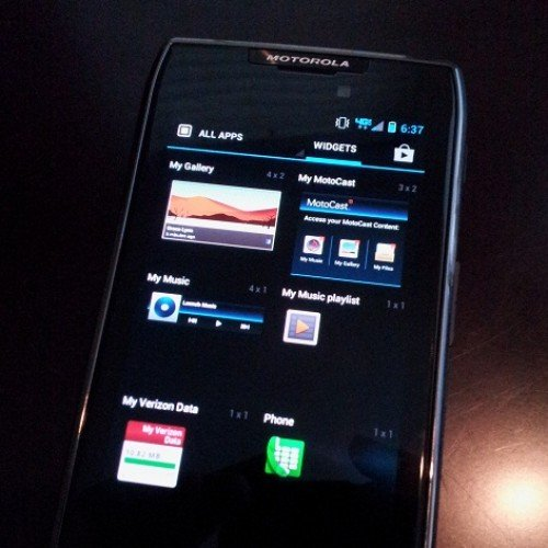 A quick review of Android 4.0.4 ICS on the Droid RAZR MAXX