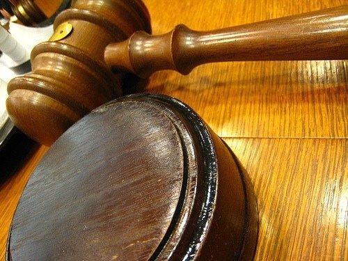 courtroom-gavel