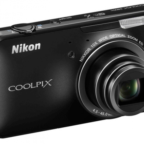 Nikon intros Android-based 16-megapixel camera