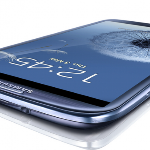 Comparing the iPhone 5 to the Galaxy S III