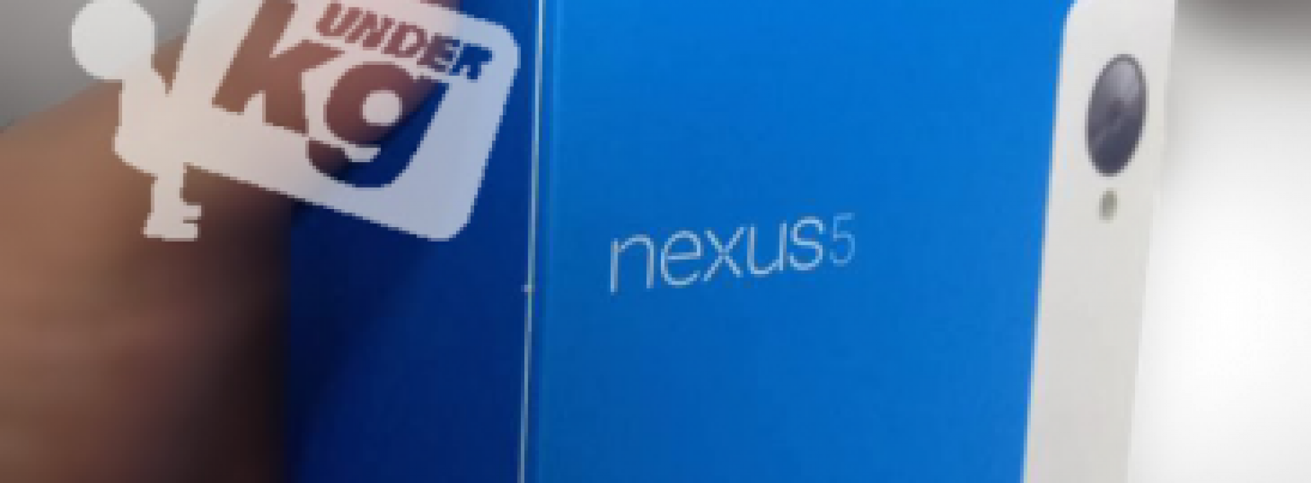 Leaked retail packaging indicates white Nexus 5 also on the way