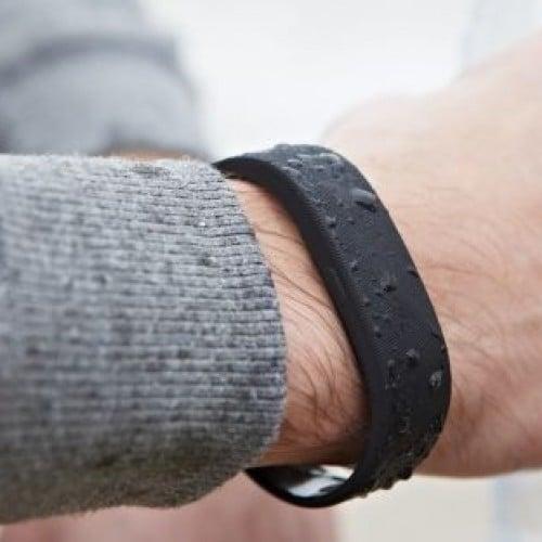 Sony debuts Xperia Smartwear