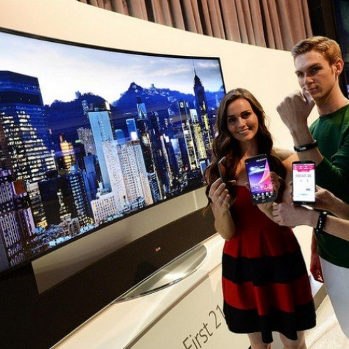 LG debuts Life Band Touch