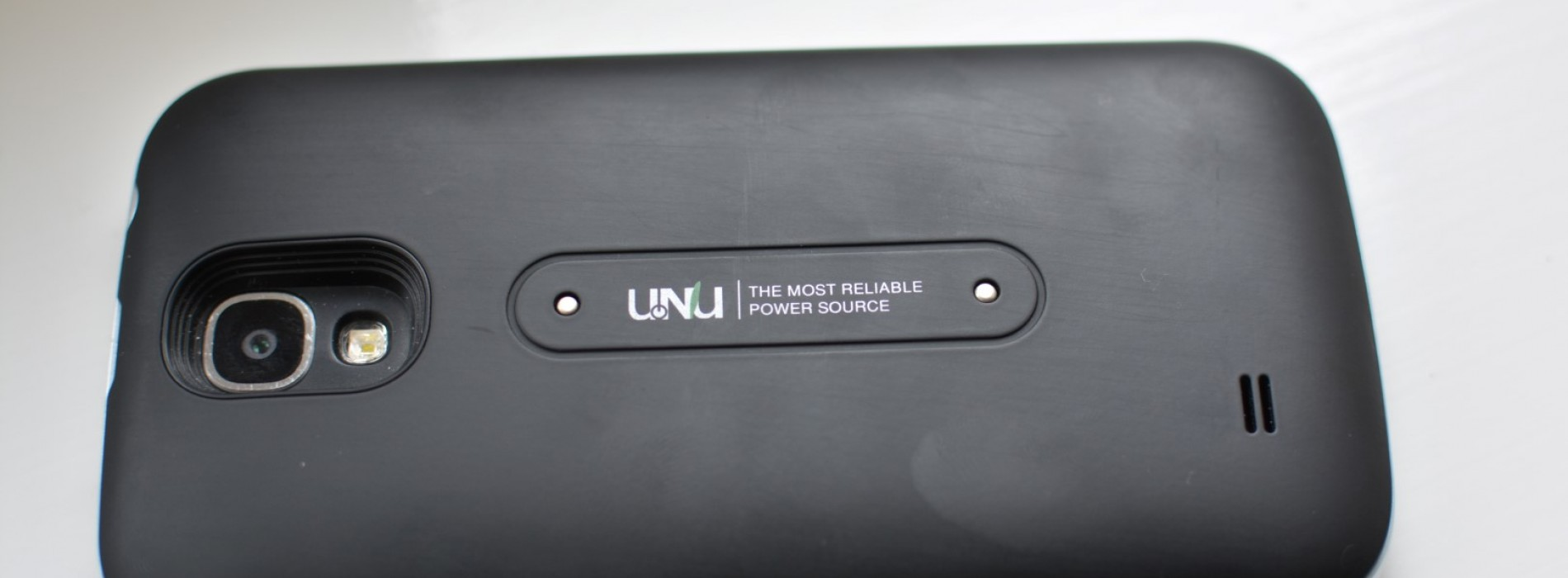uNu Aero Wireless Charging Battery Case and Mat for Samsung Galaxy S4 Review