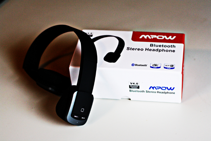 mpow headphones3