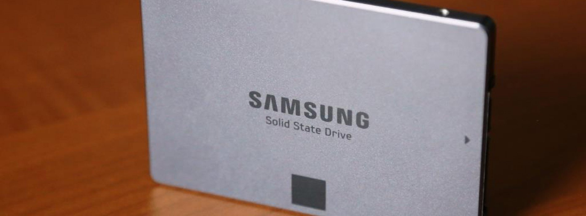 Samsung pushes throttle with EVO-series SSD and Facebook game [Review]
