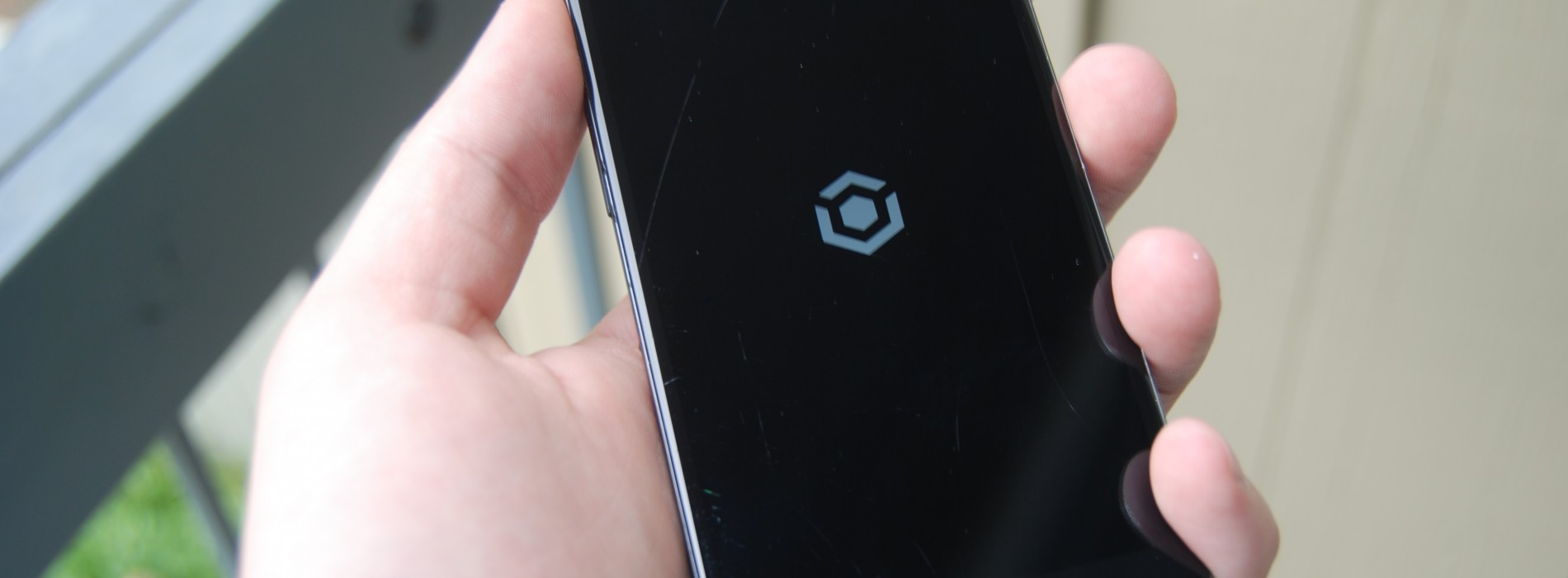 Get features from the OnePlus One and CyanogenMod 11S on your device