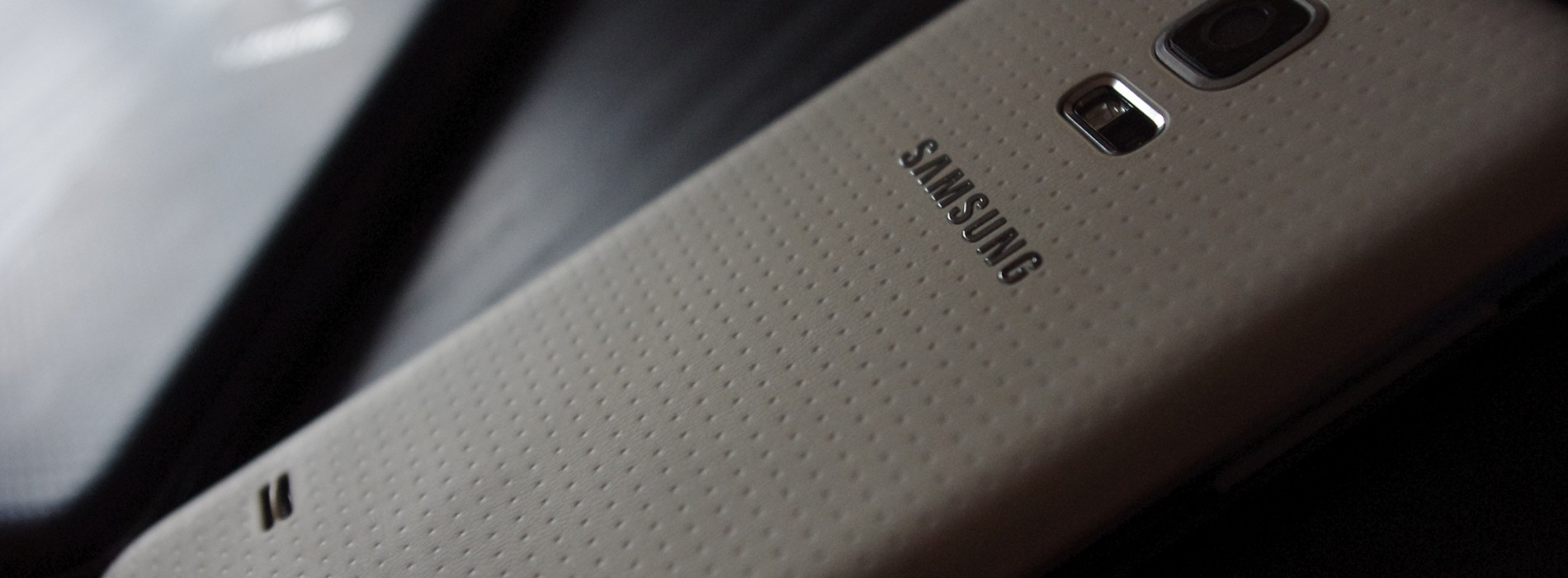 Galaxy S5 Mini images and specs leak