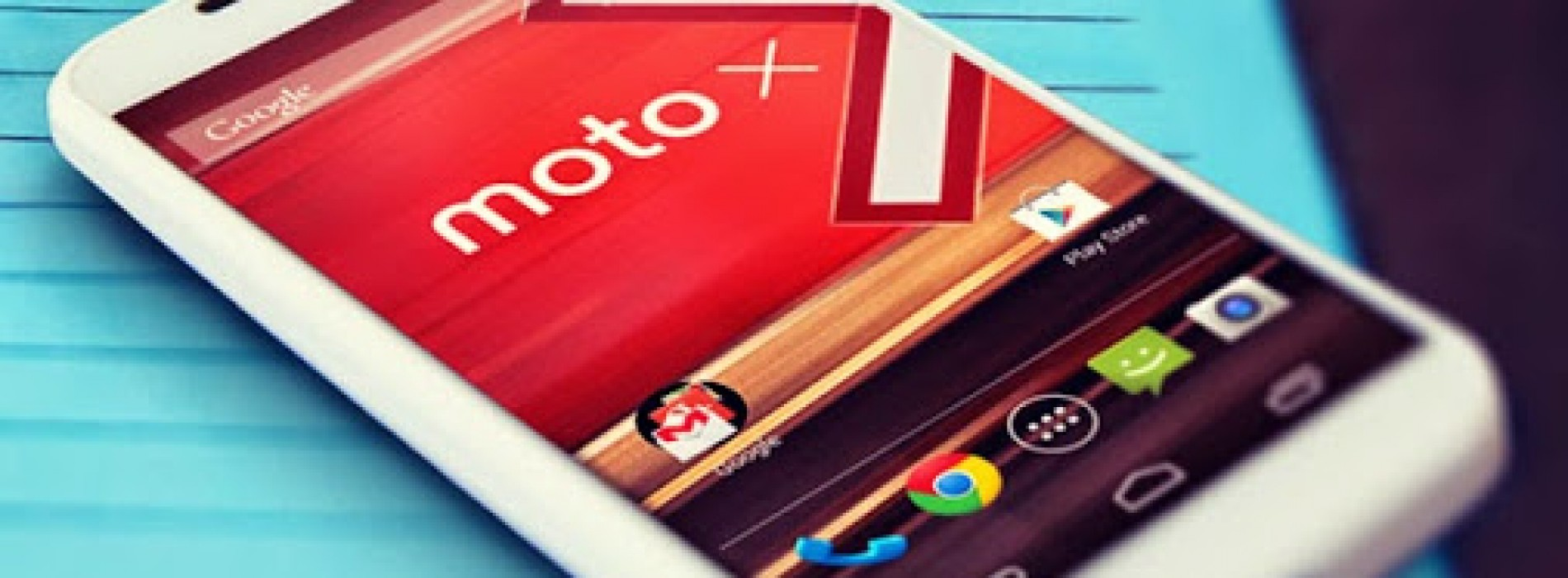 Back-to-school: Motorola slashes Moto X prices yet again