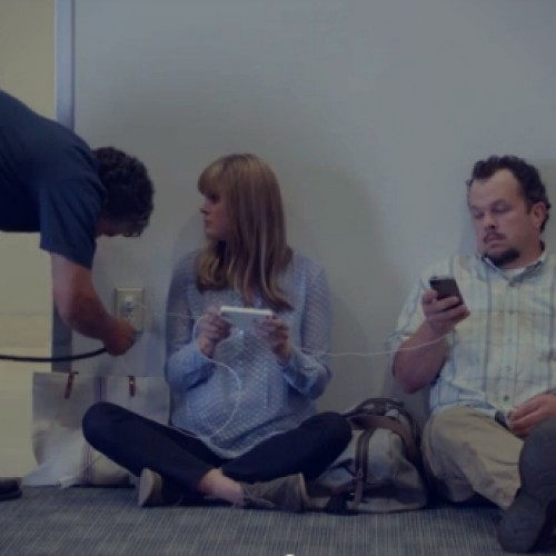 "Samsung slams iPhone users as ""wall huggers"" in latest commercial"