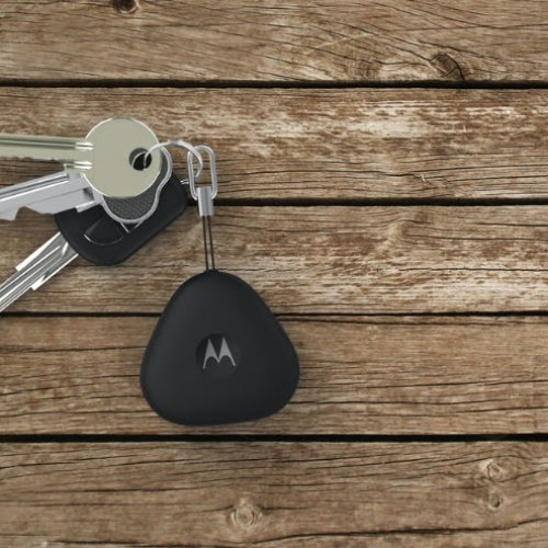 Lose your keys and phone often? Motorola Keylink is your solution!