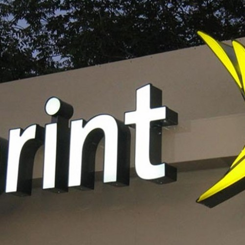 Sprint lowers data pricing on $80 and $90 Family Share Plans