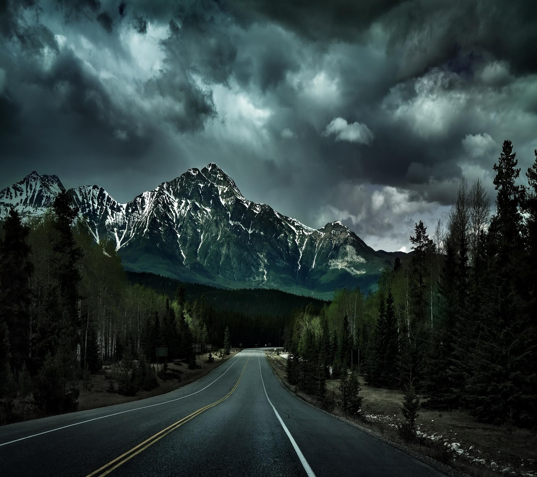 Amazing Wallpaper Mountain Polygon - RoadMountain  Image_416452.jpg
