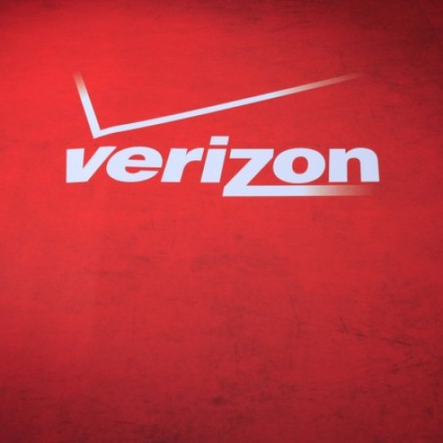 Verizon reshuffles: Wireless giant to shutter contracts