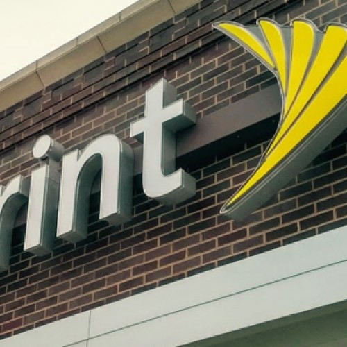 Sprint debuts 4-line 10GB plan for $100/month