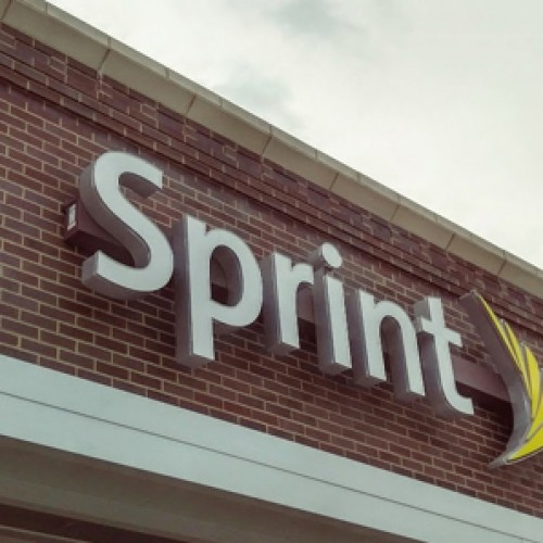 Sprint serves up $150 Unlimited 4-line family plan