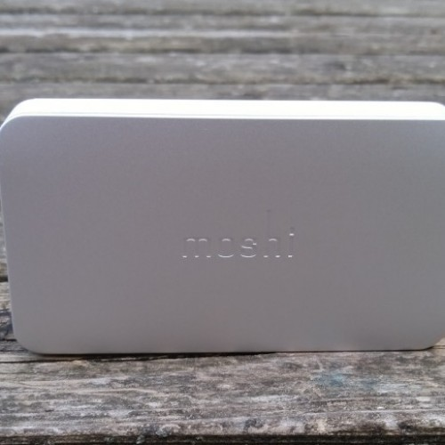 Moshi IonBank 5K with microUSB connector review