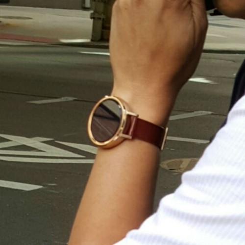 New Moto 360 wanders the streets of Chicago