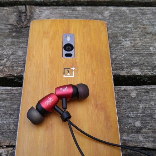 Moshi Mythro earbuds review; bargain price for great headphones
