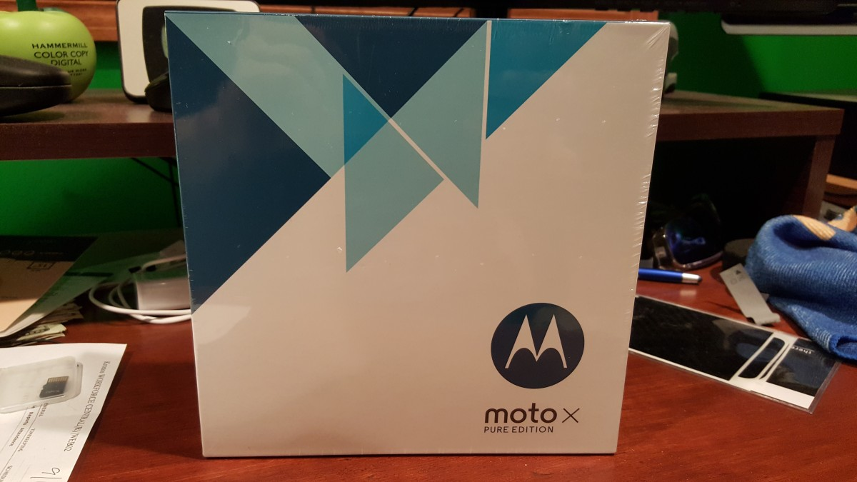 Moto X Pure Edition box