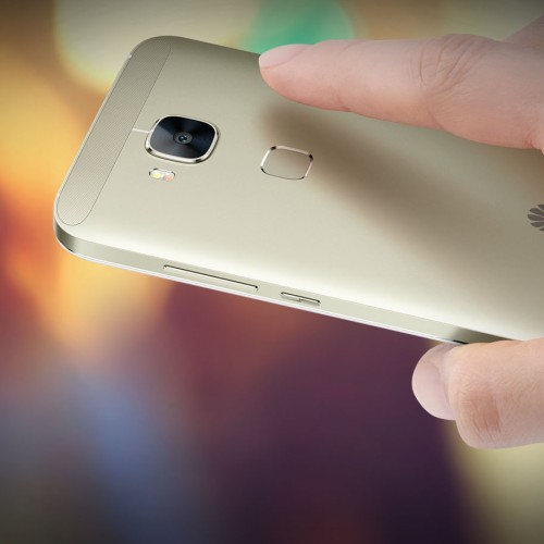 Huawei launches all-metal G8 smartphone