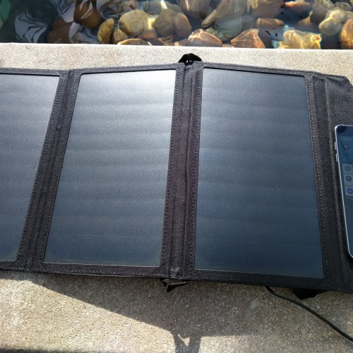 CHOETECH 19W dual-port USB solar charger (Review)