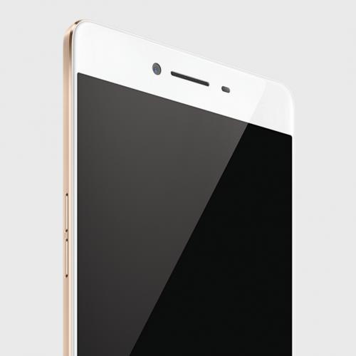 Oppo unveils the R7s, a premium midranger