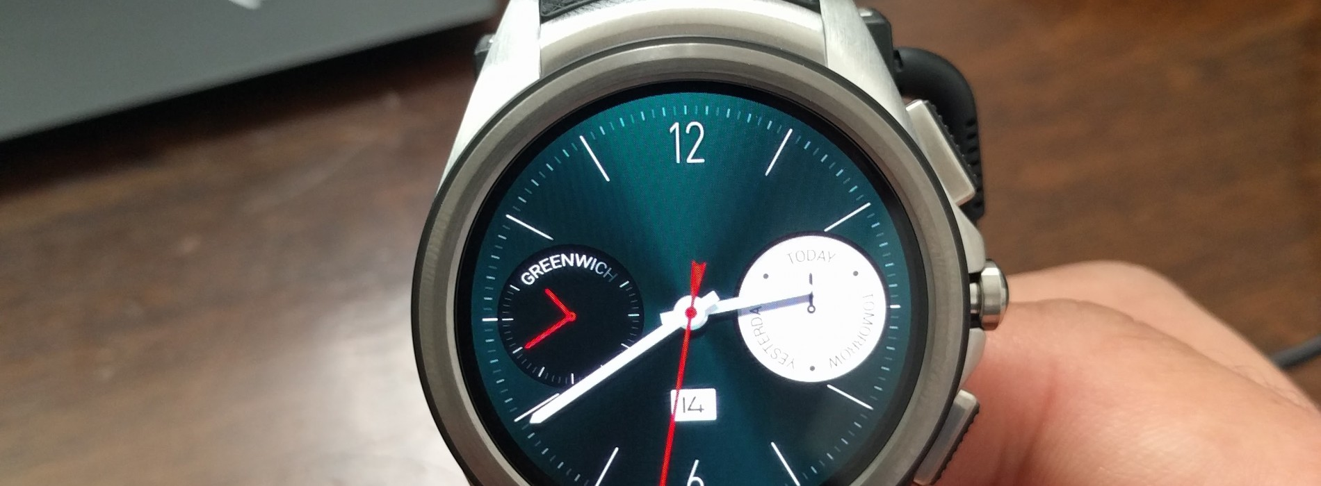 LG Urbane Watch 2nd Edition first look: This is the best ...