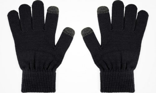 [Deal] Save over 30% on the Super Soft Texting Gloves