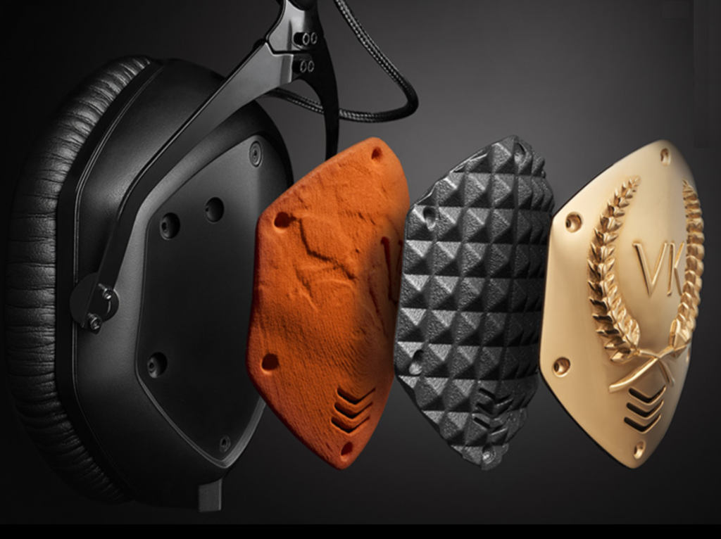 The XS has all of V-MODA's custom shield plate options: from personalized laser-etched engravings to 3D printing on precious metals.