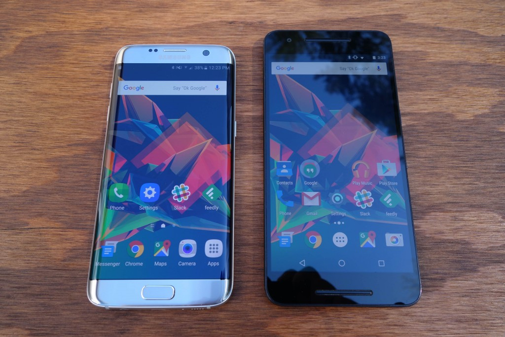 S7 Edge on the left and Nexus 6P on the right, max brightness on both.