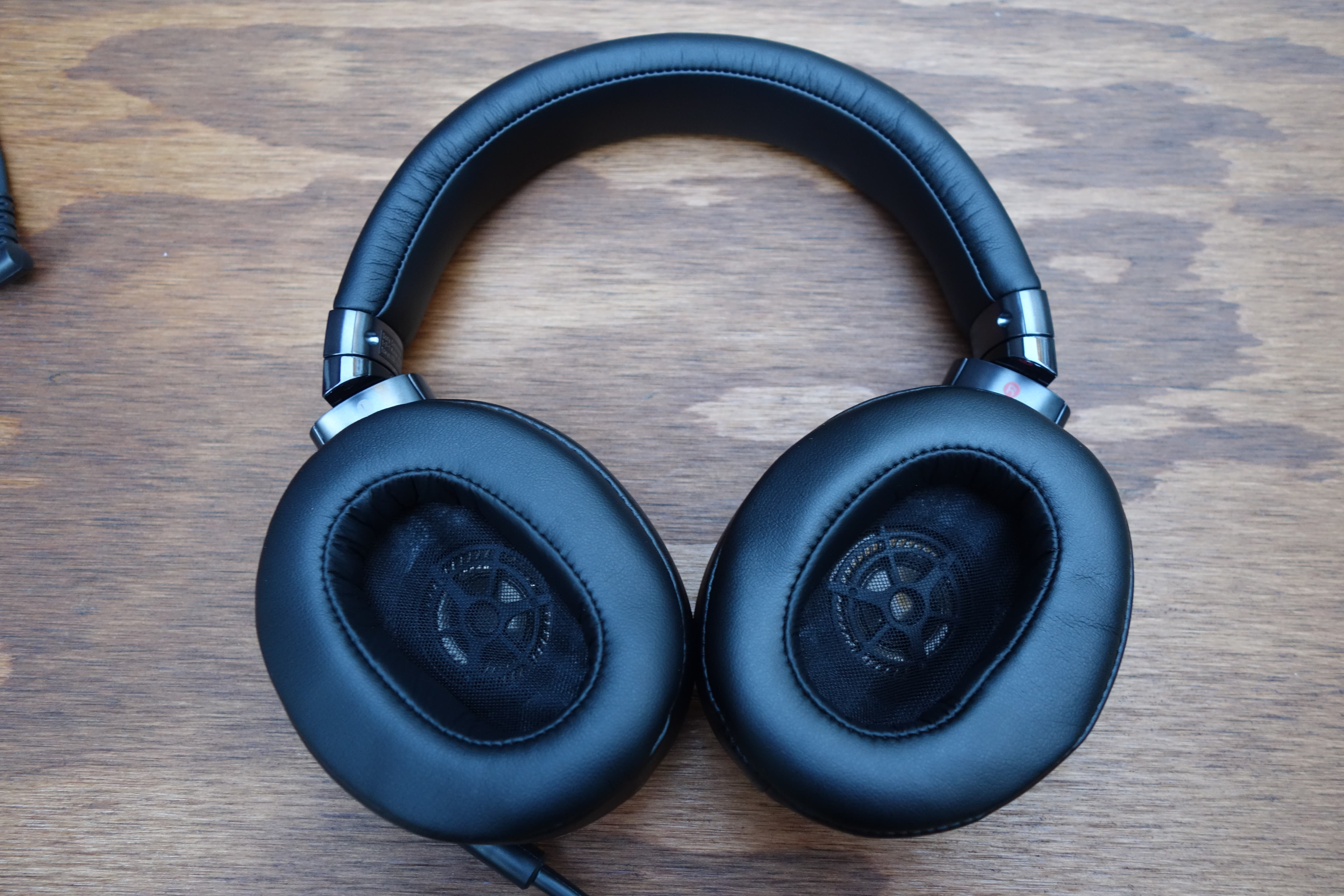 Sony_MDR1A_6