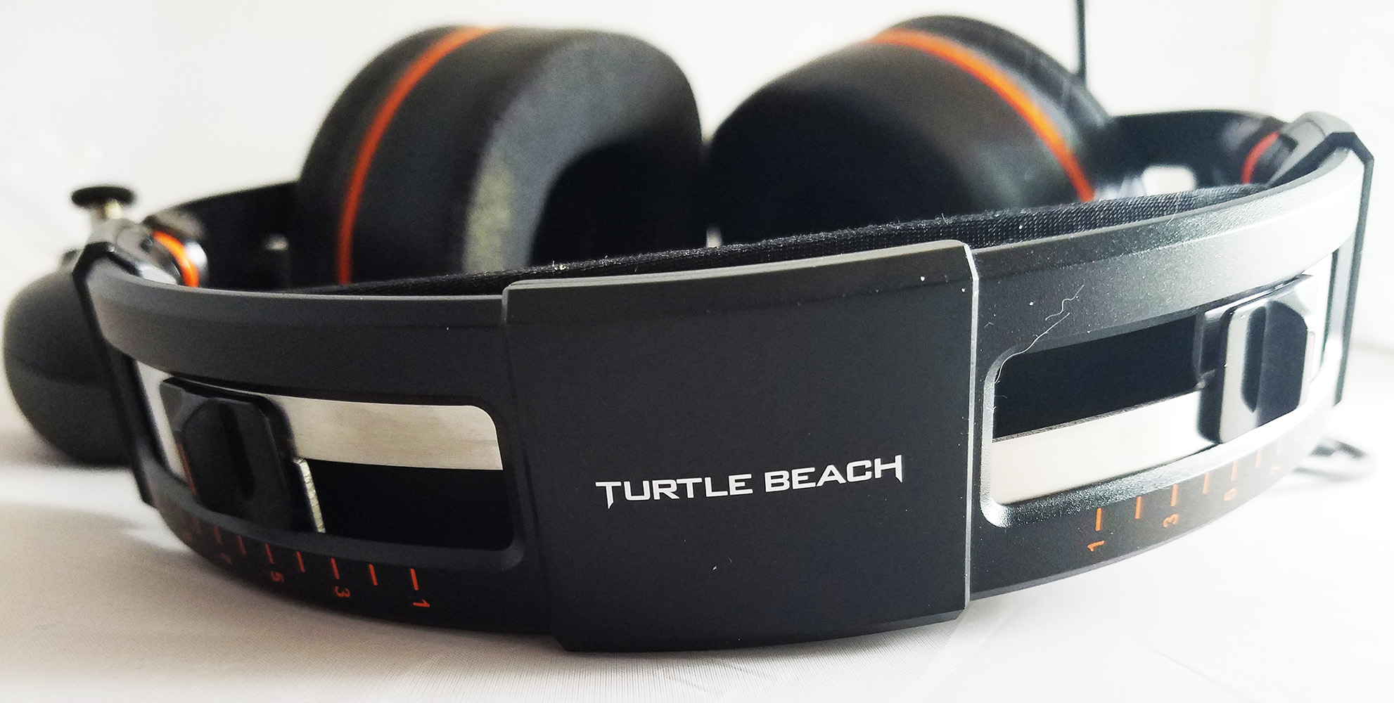 Turtle Beach Elite Pro tension control