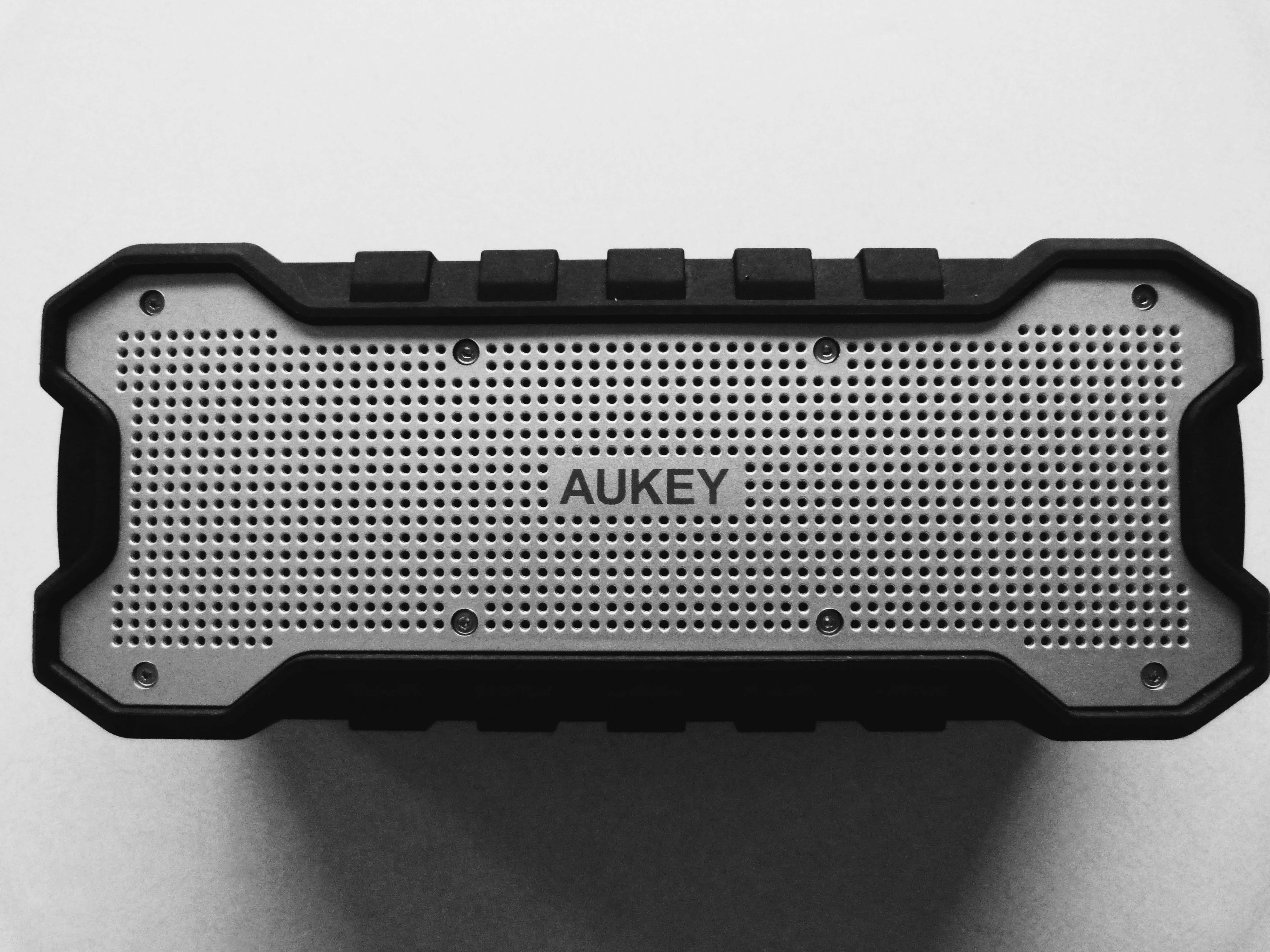 aukey_bluetooth_speaker05