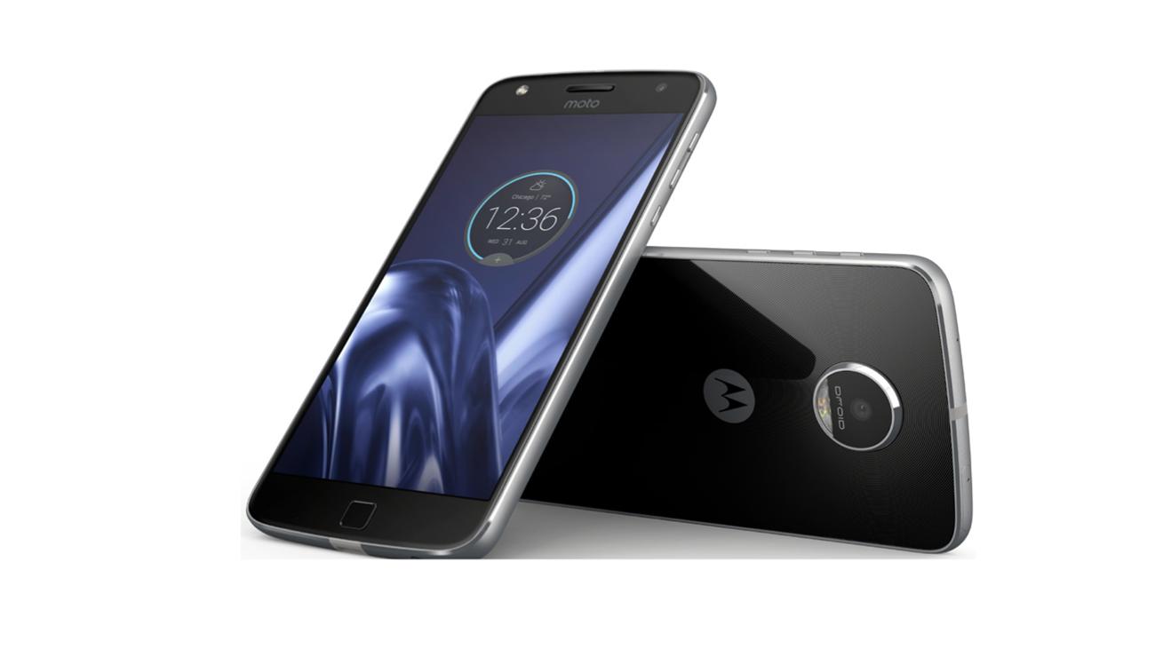 Motorola Moto Z3 vs Motorola Moto Z - YouTube