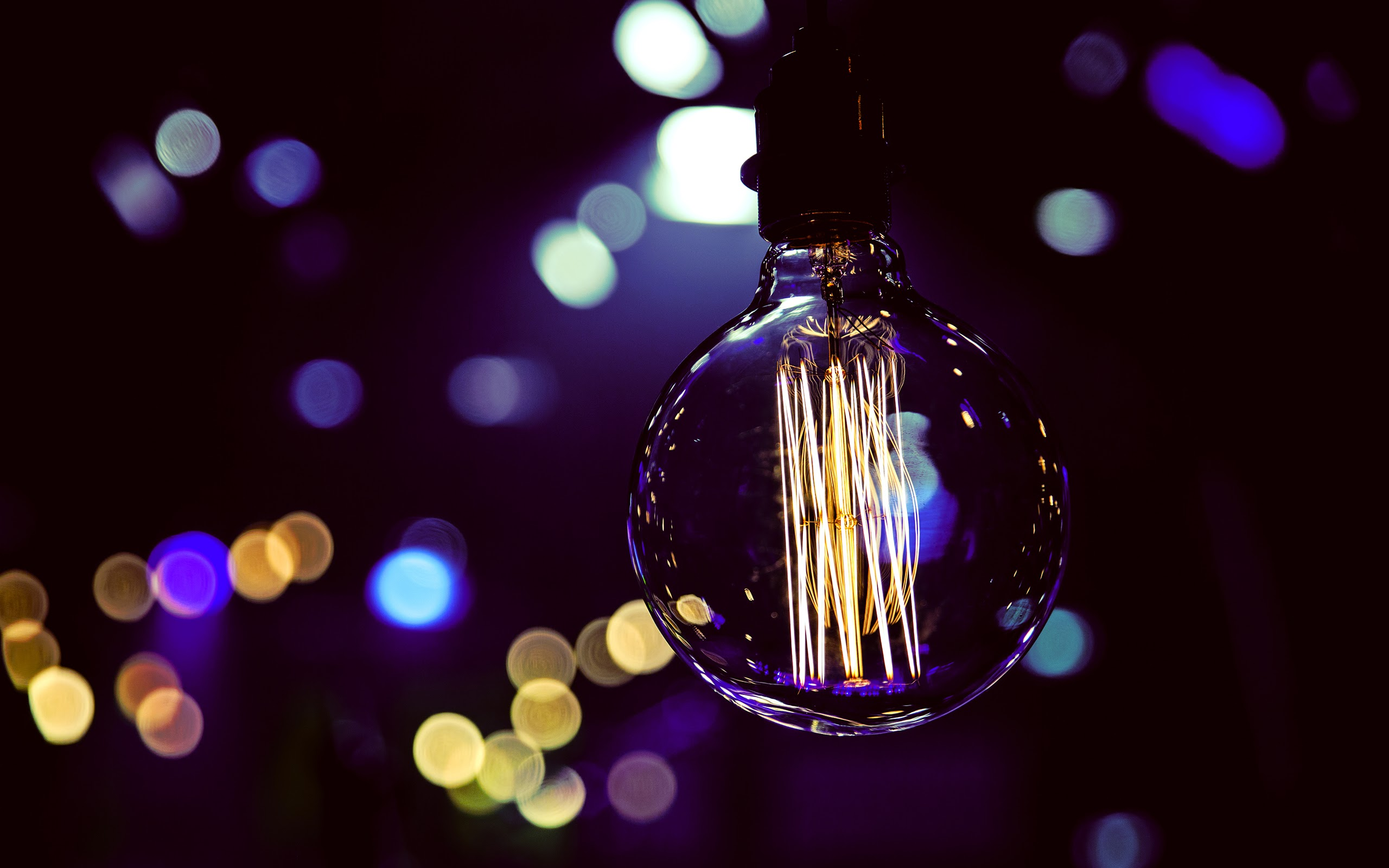 bokeh-lightbulb (1)