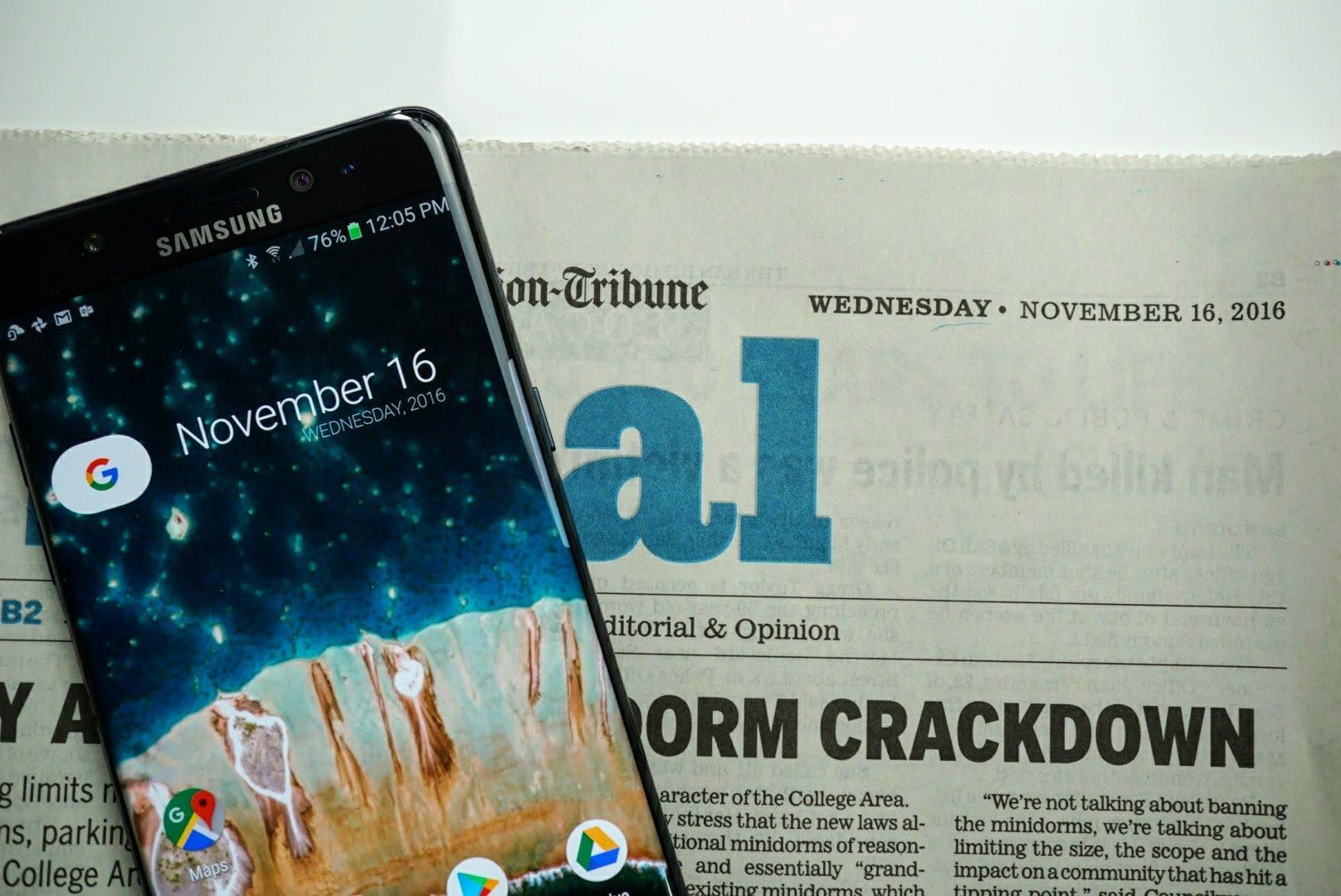My Samsung Galaxy Note 7 on today's San Diego Union Tribune newspaper