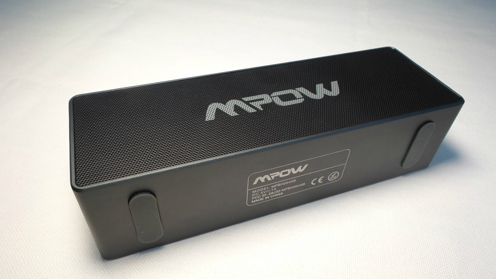mpow portable wireless bluetooth speaker review. Black Bedroom Furniture Sets. Home Design Ideas