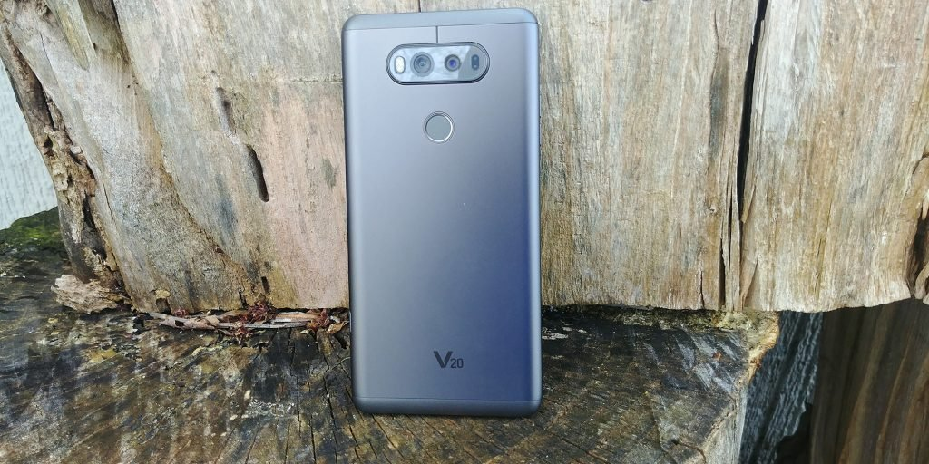 LG V30 Render Leak Tips Dual Camera Setup, Rear Fingerprint Scanner