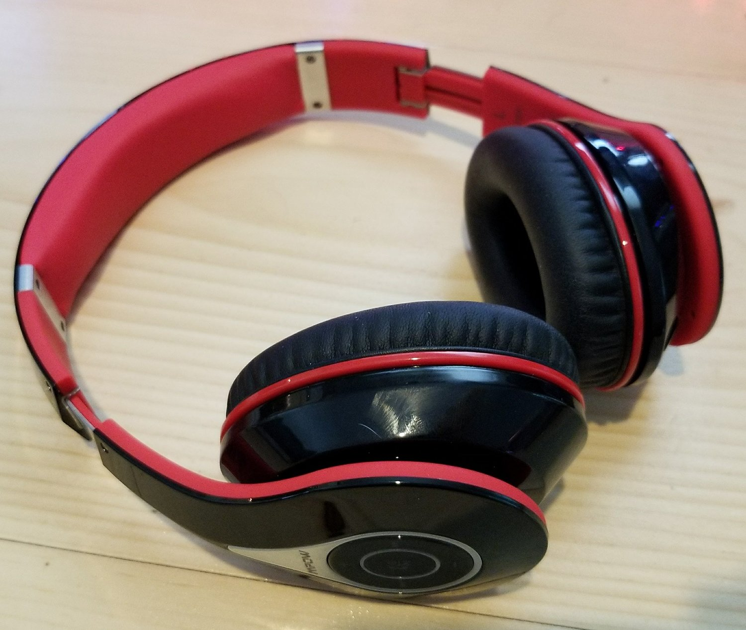are the 1 bluetooth headphones on amazon actually good we review the mpow m3. Black Bedroom Furniture Sets. Home Design Ideas