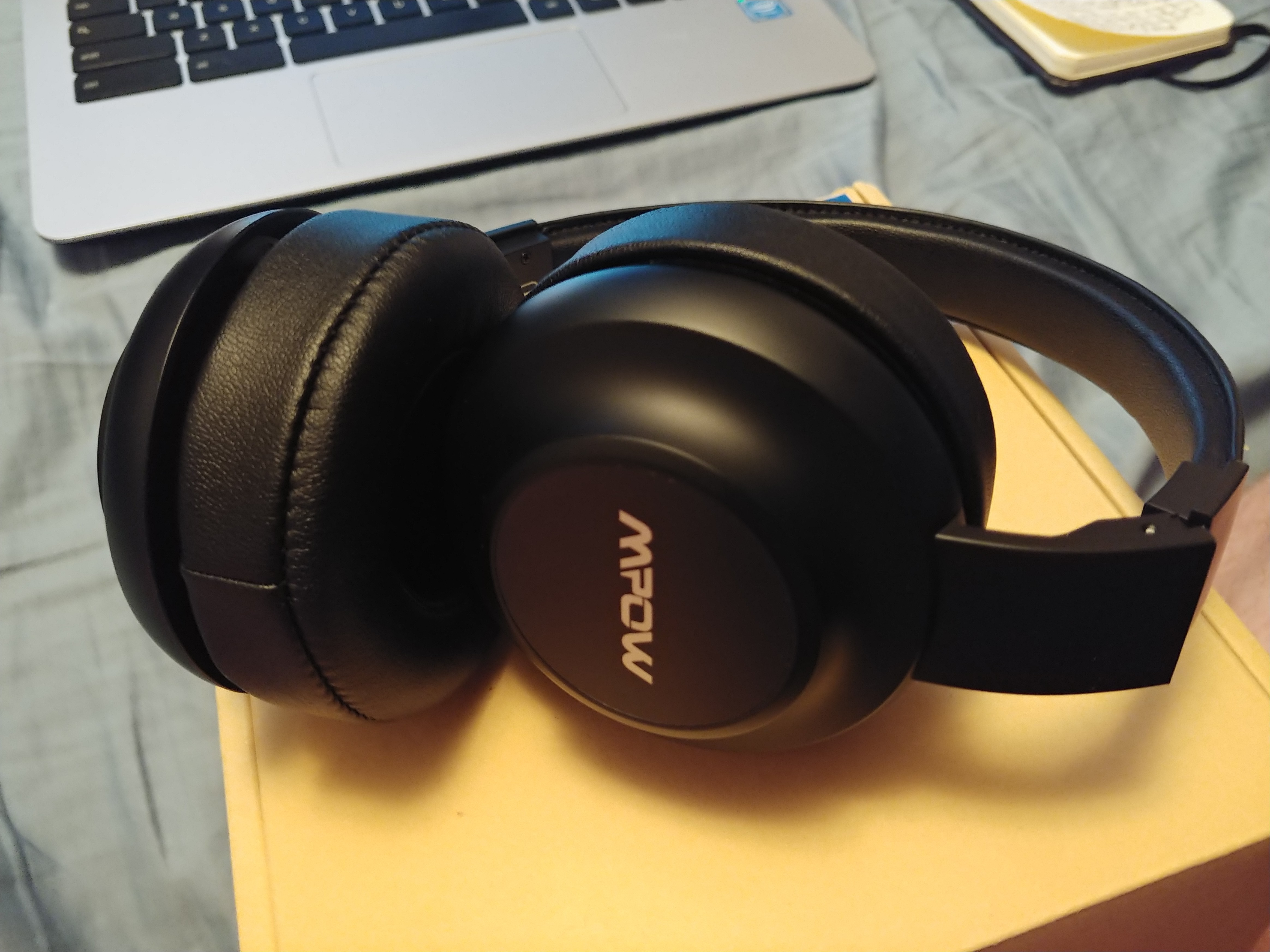 products ear on bt bluetooth klipsch comfortable comforter reference headphones