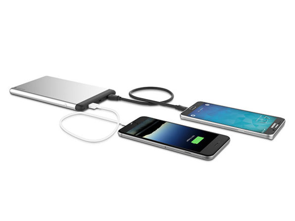 Androidguys android news and opinion page 74 the mophie powerstation is a sleek battery pack that adds an enormous 15000 mah extra battery capacity with dual usb ports on board users can charge two fandeluxe Images