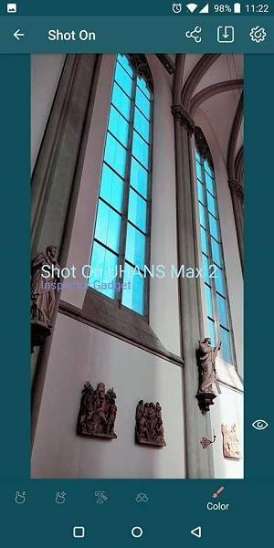 Shot on app review: automatically stamps pics with a custom watermark