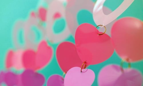 Enjoy these lovely Valentine's Day themed wallpapers for your Android