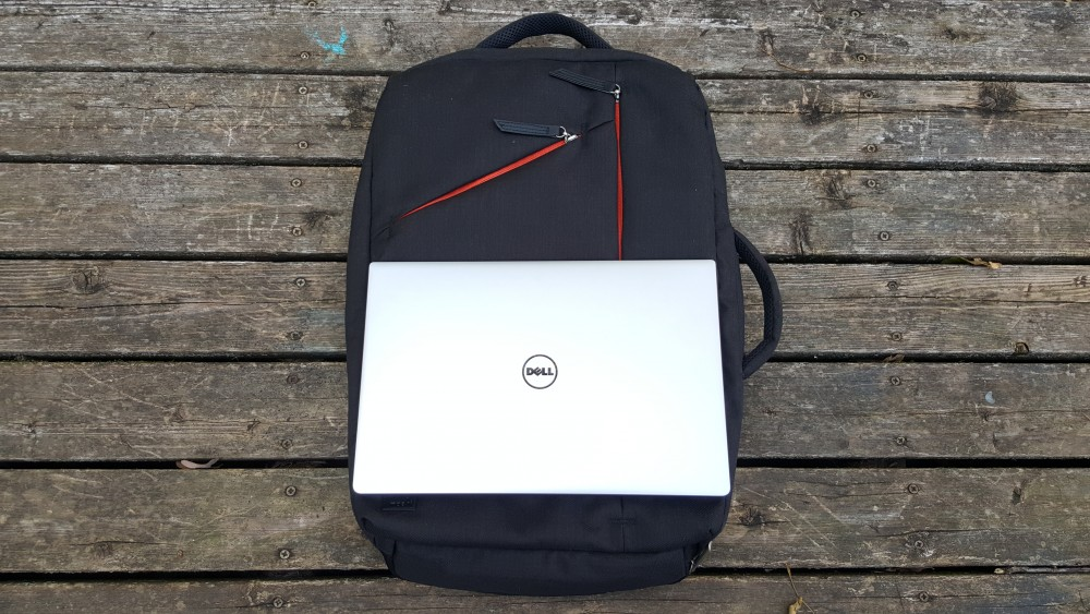 Moshi Venturo with Dell XPS 13