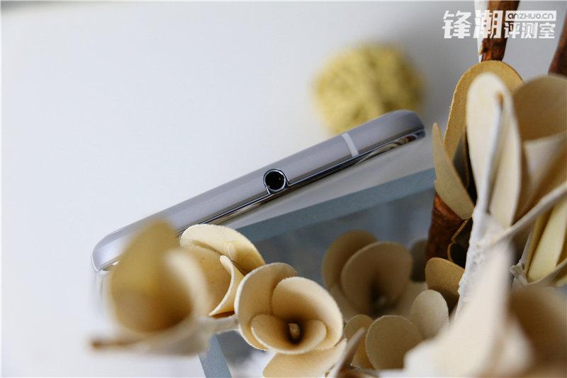 HTC-One-X9-HQ-3